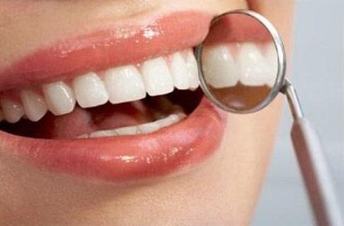 การดูแลสุขภาพช่องปาก