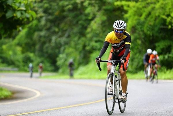 ปั่นจักรยานเพื่อสุขภาพ