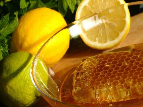 น้ำผึ้งมะนาวรักษาสิว